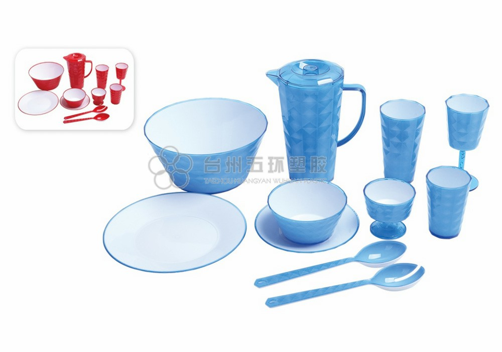 Custom Eco Friendly Plastic Tableware Set