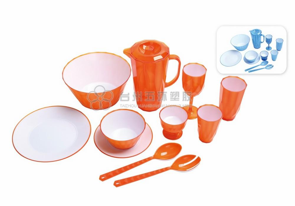 reusable plastic picnic plates