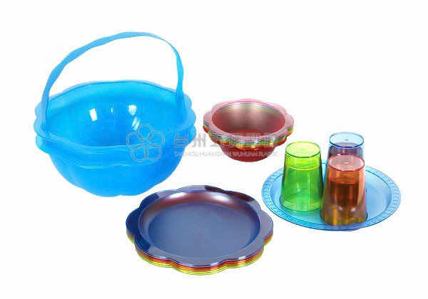 colorful plastic picnic set 22pcs