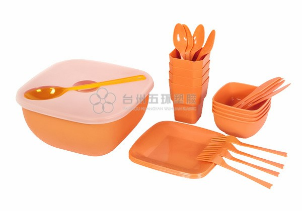 Plastic picnic set for 4 person