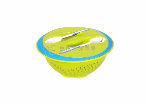 Plastic salad mixing bowl